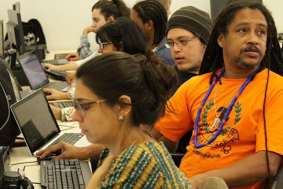 Integrantes de Pontos de Cultura e midialivristas participaram da oficina